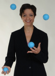 Jen Slaw juggling 4 balls